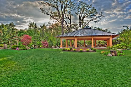GardenPhotos_Pavillion_Spring