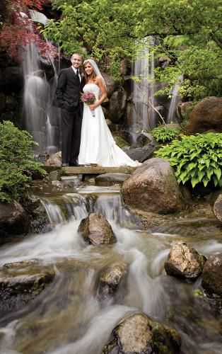 Weddings_Bride+Groom_Waterfall_Nels