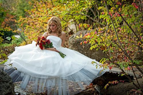 Weddings_Bride_Autumn_1_JAnderson